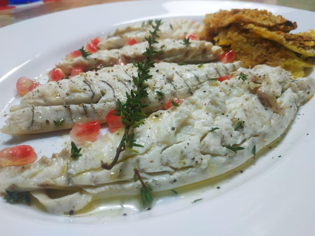 Ricette Orata E Zucca.Ricetta Filetto Di Orata Con Zucca Gratinata Timo E Melagrana Casa A Sud Food Travel